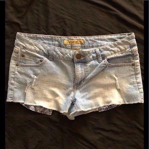 Women's (Junior's) Jean Shorts
